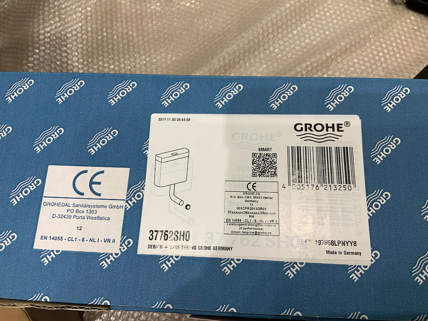 Grohe Concealed Cistern inc Push Button