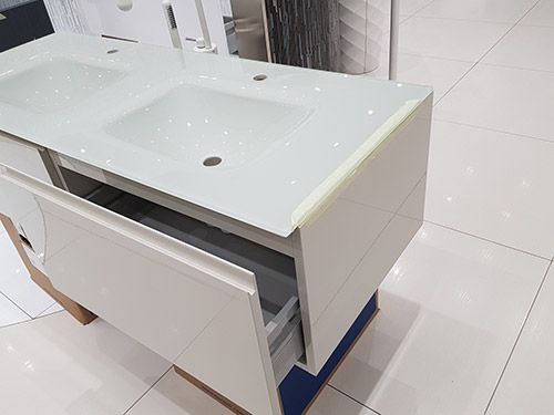 Save £1,893 on this Glass Top Vanity Unit, Glossy White - was £2,798.00 NOW £905.00 + VAT