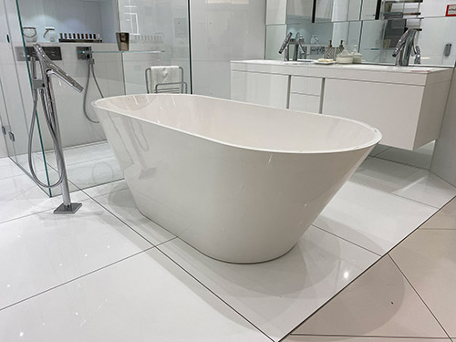 Sabina Freestanding Bath (White) - was £2,256.44 NOW £1,038.55 + VAT