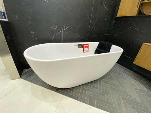 Ex-Display Halo Freestanding Bath - was £2,612.74 NOW £999.00 + VAT