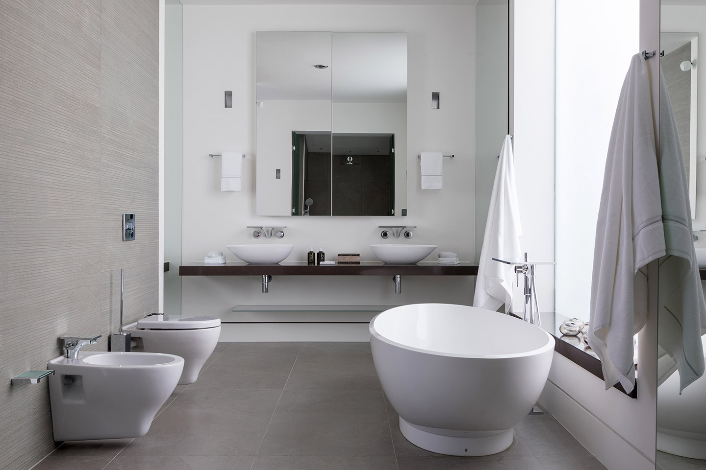TBK Designed White & Grey Bathroom