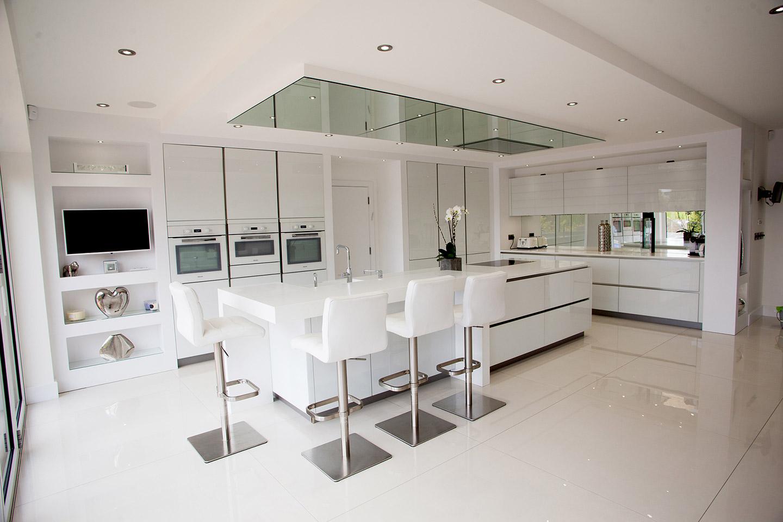 German Kitchen White | Tiles & Baths Direct